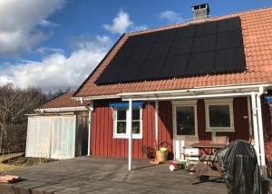 Solceller på villa i Karlstad