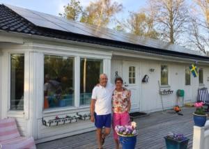 Installation solpaneler för villa