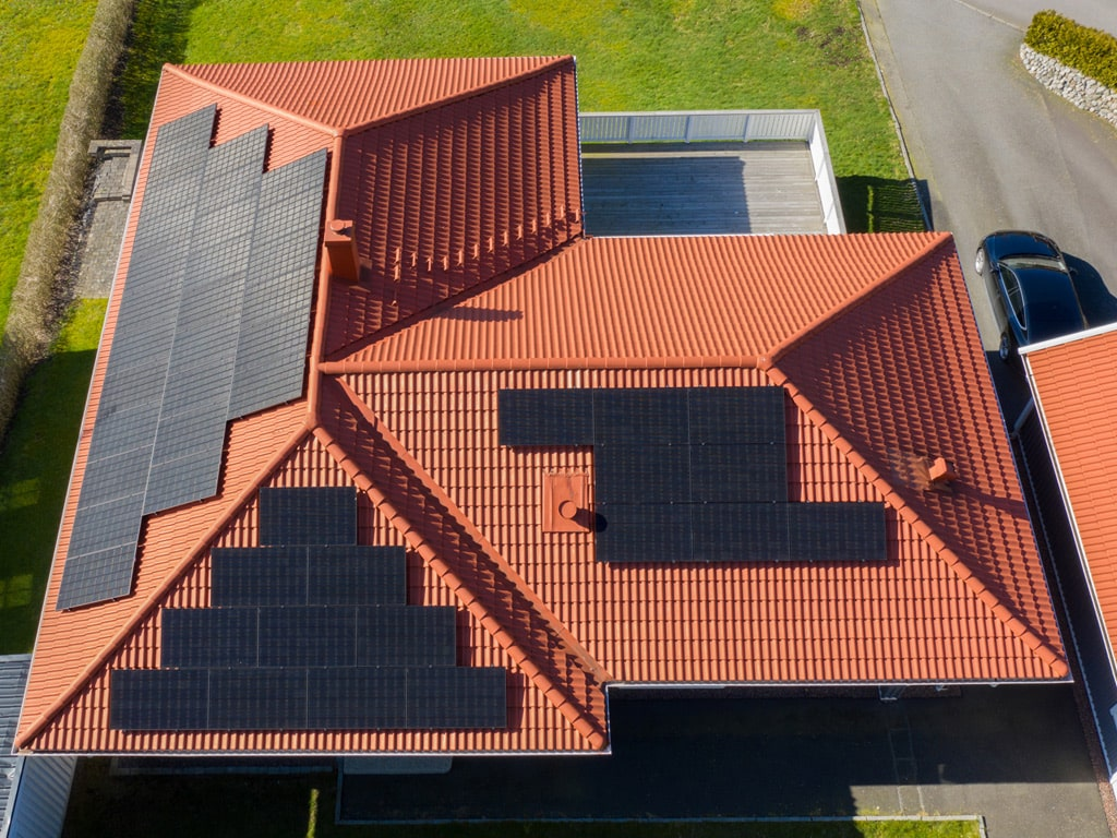 Solpaneler på villa i Lindome