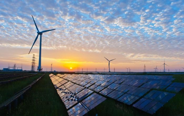 Förnybar energi från sol och vind ökar mest