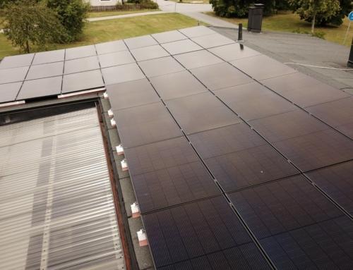 Solceller på papptak i Örebro